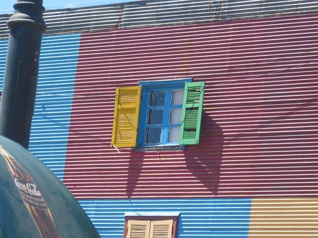 W for the Window in La Boca