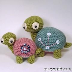 pokette and poka (Roxycraft) Tags: amigurumi softies plush mos crochet handmade