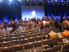 Steve Jobs Fans Gather