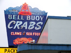 Got Crabs? (Curtis Gregory Perry) Tags: old blue light red usa cloud signs west color colour classic luz glass crimson rain sign electric azul night america vintage licht us rojo colorful neon pretty glow unitedstates state northwest bright bell cloudy lumire tube tubes cyan ne retro gas beaver rainy american signage western electricity pacificnorthwest glowing colourful crabs blau dying electrical luce muestra redblue buoy important signe sinal neons  zeichen non segno     teken    roht  glowed    neonic