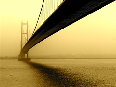 Humber Bridge - by John Wardell (Netinho)