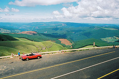 Hangover at Long Tom (malfark) Tags: alfaromeo spider longtompass southafrica lydenburg sabie africa grantourismo vonderohe road nature 1987