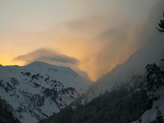 Atardecer en Benasque 2 (seni1977) Tags: sunset atardecer 100club montaas benasque pirineos montes posetsmaladeta 50club
