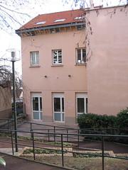 Puteaux, rue Cartault, palais de la danse (Grbert) Tags: danse palais puteaux cartault