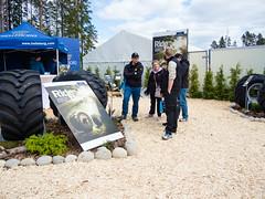Trelleborg at Skogsnolia forestry exhibition  (1) (TrelleborgAgri) Tags: sweden forestry twin exhibition range pneumatici skidder forestali t414 skogsnolia progressivetraction