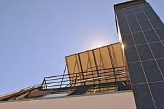 "Panel solar en Tetuán (barrio) • <a style=""font-size:0.8em;"" href=""http://www.flickr.com/photos/118229253@N04/20049748285/"" target=""_blank"">View on Flickr</a>"