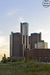 GM Building (VisualDeclarationPhotography) Tags: city sky grass skyline photography nikon gm downtown cityscape michigan detroit rencen generalmotors downtowndetroit nikond3200 gmbuilding