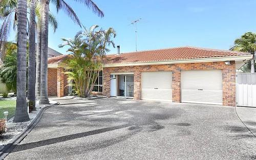 62 Greenfield Rd, Prairiewood NSW 2176