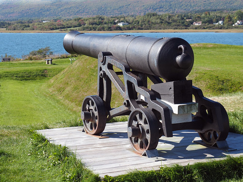 Cannon at Fort Anne, NS