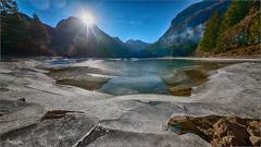 Ghiaccio e sole. (valpil58) Tags: lago predil friuli ghiaccio eis controluce nikond800 sigma1224mm landscape paesaggio