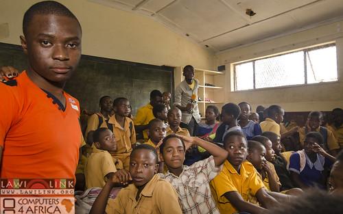 "Chilaweni school Blantye Malawi • <a style=""font-size:0.8em;"" href=""http://www.flickr.com/photos/132148455@N06/18575980311/"" target=""_blank"">View on Flickr</a>"