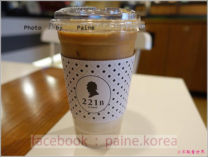 江南221B in Seoul coffee lounge (20).JPG