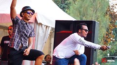 Erix & Ari (NADS Productions) Tags: birthday plaza camera festival indonesia clothing sony 8 august jakarta ari dory senayan distro bung 2015 tenggara erix heyho karno mirrorless gelora a6000 soekamti endank