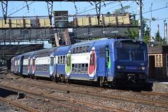 SNCF Transilien RER C 28C 5655 - 5656 (Will Swain) Tags: travel paris france station train de french europe gare c south transport july rail railway des east 10th railways français société parisian fer rer sncf nationale transilien 2015 5656 28c chemins 5655 choisyleroi