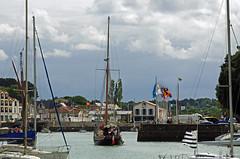 Pornic (Loire-Atlantique) (sybarite48) Tags: haven france port puerto boot harbor boat barca barco porto bateau hafen brace  d liman  pornic tekne  loireatlantique