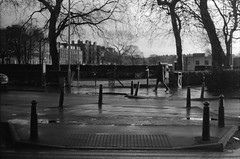 Johns Place (horilyc) Tags: film чб плёнка d76 pentaxmsmc5020asahi fujineopanss pentaxmx bw 2013 dùnèideann alba edinburgh эдинбург scotland шотландия albnegru photography analog analogue noirblanc schwarzweis blackwhite fujifilms blackandwhite