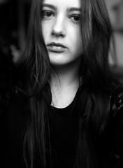 Me (LamiaDeTenebris) Tags: me ich אני bw blackandwhite blackwhite schwarzundweis schwarzweis sw woman girl mädchen frau bokeh שחורלבן שחורולבן selfportrait portrait porträt selbstporträt