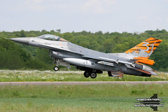 FA-87 Belgian Air Force Lockheed Martin F-16AM Fighting Falcon (Planes , ships and trains!) Tags: fa87 belgian air force lockheed martin f16am fighting falcon florennes florennesairbase airbase belgium 2009 tiger f16 fighter jet runway baf flying flyingmachine action aircraft canon photography fabke fabricehenneghien henneghien henneghienfabrice airborn airplane wings sky landinggear tail airlift airtransport transport pilot pilots spotting cockpit spotter clouds cloud wind avgeek travelling