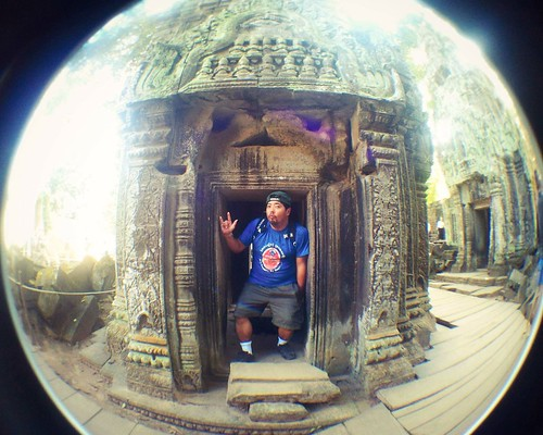 Cambodian temple (PC: Mike Robles)