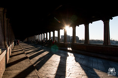 Ombre sul ponte (andrea.prave) Tags: pavia ticino pontecoperto ponteromano bridge ponte puente pont brücke ブリッジ мост جسر 桥 sun silhouette sagoma silueta シルエット ombre shadows