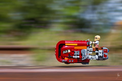 Rey's speeder (Ballou34) Tags: 2016 650d afol ballou34 canon eos eos650d flickr lego legographer legography minifigures photography rebelt4i stuckinplastic t4i toy toyphotography toys rebel stuck in plastic star wars starwars the force awakens tfa sw rey speeder space