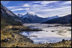 Beautiful Medicine Lake, AB (lisapoirier7444) Tags: rockies jaspernationalpark breathtaking medicinelake