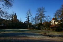 Waiblingen - Stadt an der Rems (Lutz Blohm) Tags: waiblingen altstadt rems historischealtstadt kleineerleninsel park kirchen naturfoto herbststimmung herbstsonne sonyfe1635mmf4 sonyalpha7aii