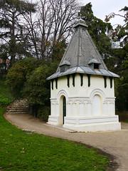 Caseta. Parque Quinta Fuente del Berro (Madrid) (Juan Alcor) Tags: madrid quinta parque fuentedelberro caseta