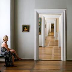 contemplation (ToDoe) Tags: museum bamberg türen räume bild gemälde painting woman rau betrachten contemplation porträt sammlung türsturz doors rooms