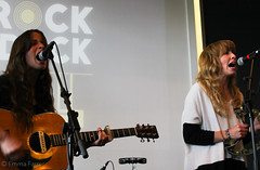 The Sundowners: Niamh Rowe and Fiona Skelly SUD_MEDY_20150625_028 (Emma Gibbs) Tags: manchester bands bbc salford 6music dockyard mediacity thesundowners rockthedock bbcgig dockyardbar