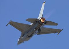 91-0398_F-16C_KHIO_9753 (Mike Head -Jetwashphotos) Tags: usa oregon america us or f16 sw viper usaf hio generaldynamics lockeed khio westernus fightingfalcon f16c hillsboroairport oregoninternationalairshow airdemonstration