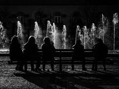 Urban rythm (Vitor Pina) Tags: street moments monochrome momentos man men mulher minimal photography pretoebranco people pessoas contrast candid city cidade urban urbano rua light blackandwhite shadows algarve
