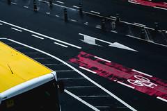Boulevard Pachéco (Eero Capita) Tags: boulevard pachéco nikon d7100 dx brussels bruxelles brussel route road bus colors red yellow rouge jaune 18105