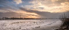 sandomierz (Patryk Krzyzak) Tags: chmury clouds cold dramaticsky klimat niebo patrykkrzyzak poland polska river rzeka sandomierz snieg snow vistula winter wisla zima zimno