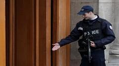 لصوص يسطون على شقة لأسرة بن لادن في باريس (ahmkbrcom) Tags: باريس سرقة