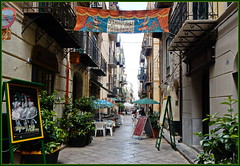 Seitenstraße Palermo ... (Kindergartenkinder) Tags: palermo kindergartenkinder
