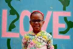 Connie met haar nieuwe bril