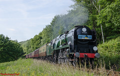34053 Sir Keith Park (LMSlad) Tags: crossing pacific britain railway keith battle orchard severn southern valley sir bulleid 34053