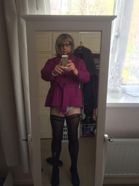 mature panties upskirts