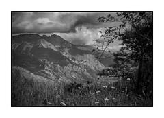 Saint Jean de Maurienne (Pierre_Bn) Tags: sky bw mountain montagne sony nb ciel alpha savoie orage maurienne saintjeandemaurienne croixdestêtes mamellesdebeaune alpha850