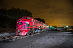 F-Unit Delight (WillJordanPhoto) Tags: trains northcarolina piedmontnorthern railroad streamliner