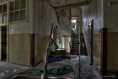 wimmelpicture (Urban Tomb Raider) Tags: urbex urbanexploration decay abandoned abandonedhospital urbandecay beautyofdecay canoneosm