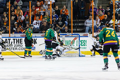 "Missouri Mavericks vs. Quad City Mallards, January 21, 2017, Silverstein Eye Centers Arena, Independence, Missouri.  Photo: John Howe / Howe Creative Photography • <a style=""font-size:0.8em;"" href=""http://www.flickr.com/photos/134016632@N02/32487056296/"" target=""_blank"">View on Flickr</a>"