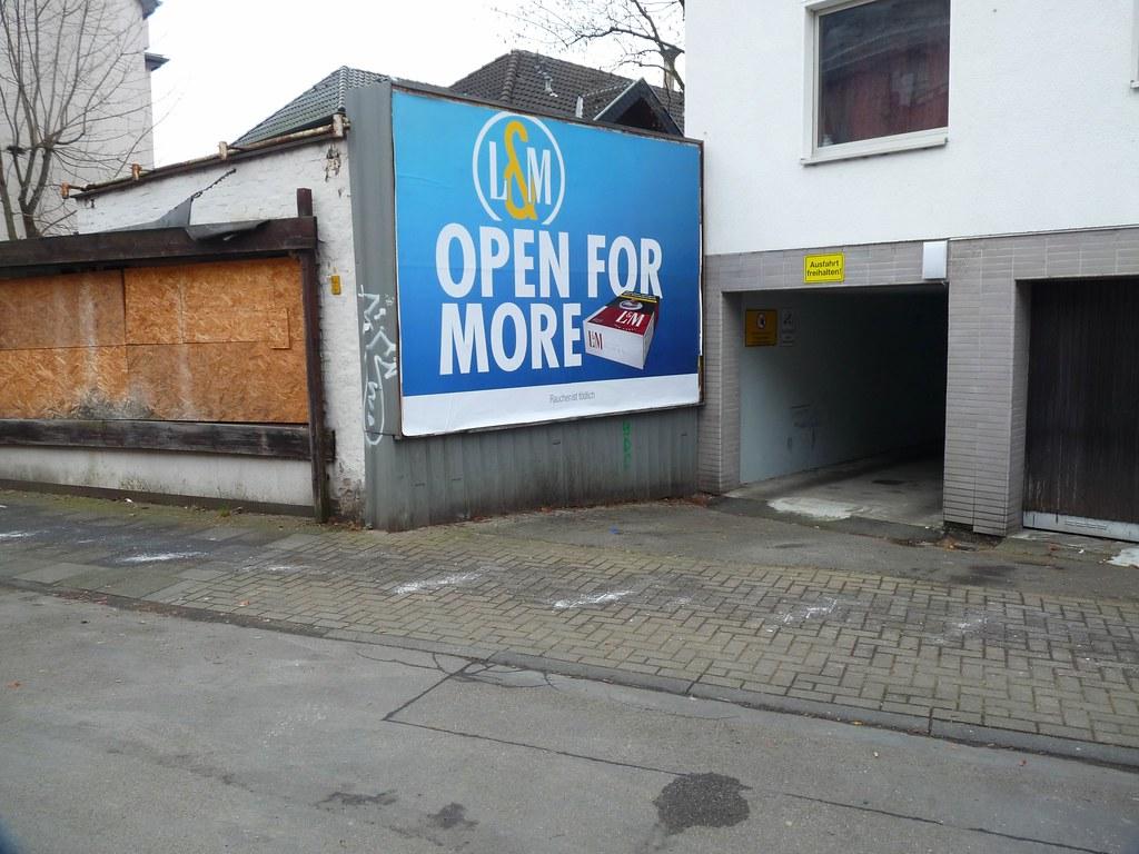 Open For More (QQ Vespa) Tags: Plakatwand Plakat Köln Nippes Lm Openformore  Werbung