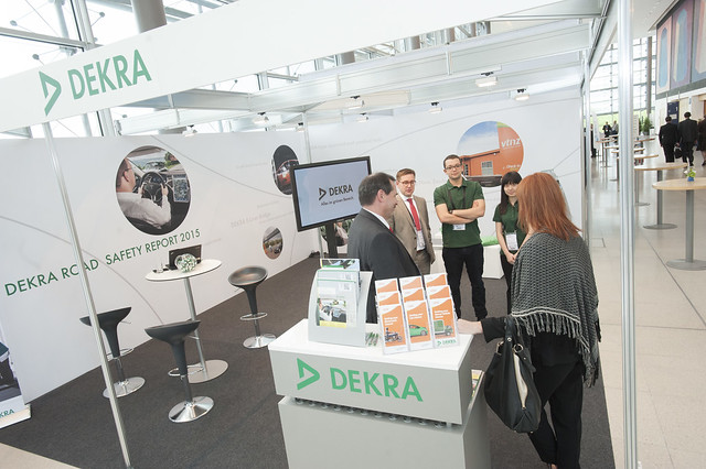 Walter Niewöhner and Andreas Kraus at the DEKRA stand