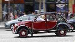 Citron 2CV Charleston (XBXG) Tags: auto old paris france classic car vintage french automobile citron voiture charleston 2cv frankrijk eend geit ancienne 2pk 2cv6 citron2cv franaise deuche deudeuche cw096kb
