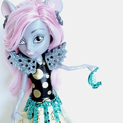 It's my life & it's now or never (Venus_Forever) Tags: york monster high doll king dolls boo mattel mouscedes