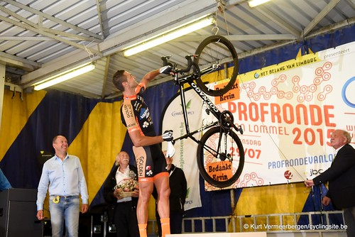 Kevin Hulsmans fiets aan de haak (7)