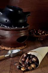 Tasty roasted chestnuts (Beatriz-c) Tags: chestnuts castañas tasty sabrosas food comida roasted asadas tostadas still life bodegon