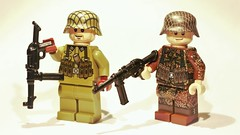 Brickarms MP-40 V2 (CharlieCompanyProductions) Tags: brickarms wwii mp40 prototype lego german new v2 stock